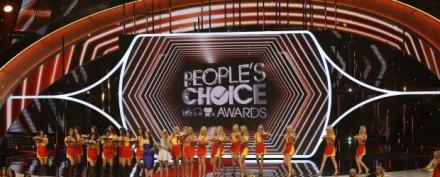 Looks do People's Choice Awards
