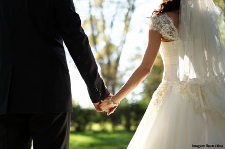 Vestidos Para Casamento Durante o Dia — Aprenda a Escolher!
