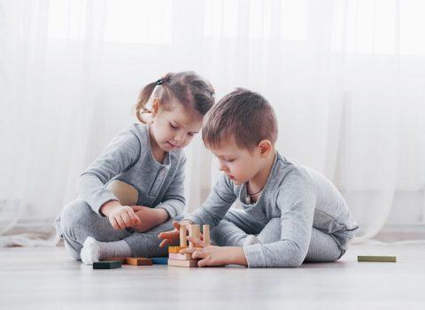 Brincadeiras para fazer em casa com as crianças