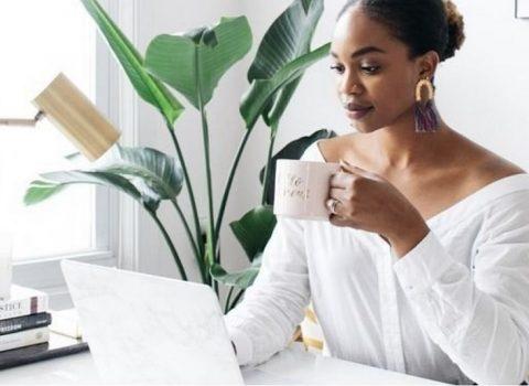 Dicas de home office com maquiagem e looks confortáveis